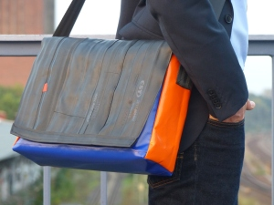 tjuub Bikebag L orange blue